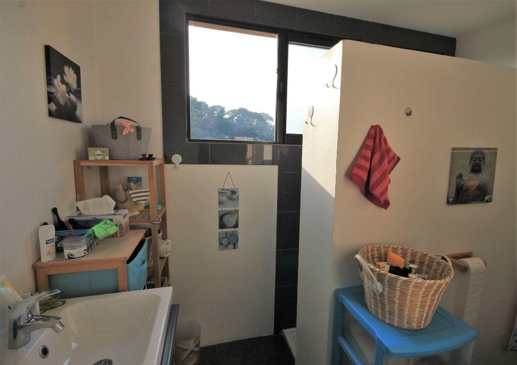 Appartement à vendre 3 61m2 à Le Cannet vignette-6