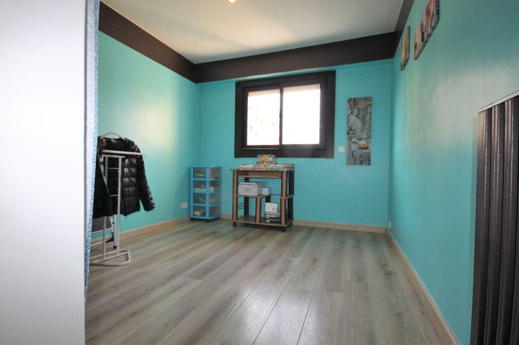 Appartement à vendre 3 61m2 à Le Cannet vignette-7