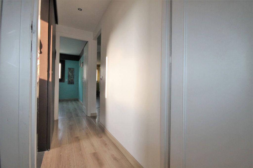 Appartement à vendre 3 61m2 à Le Cannet vignette-8