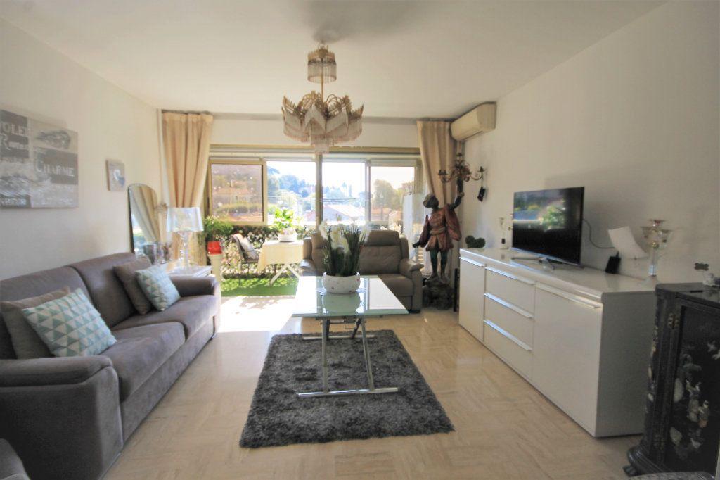 Appartement à vendre 3 65.76m2 à Cannes vignette-1