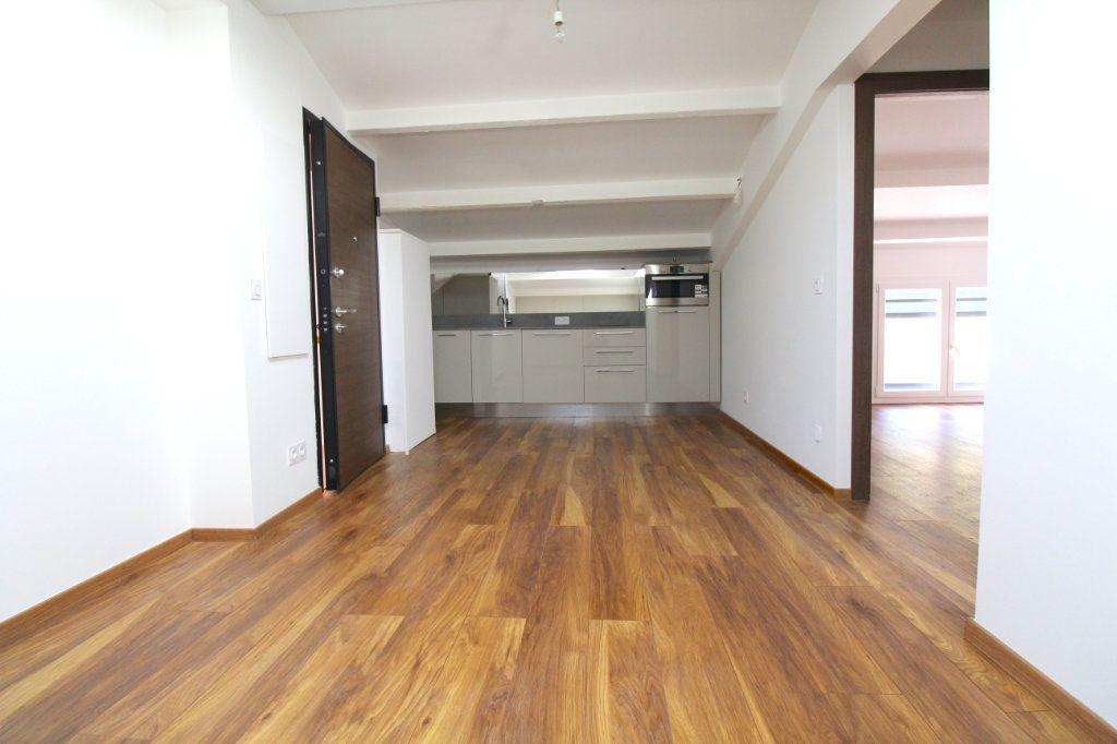Appartement à vendre 3 31.96m2 à Cannes vignette-4