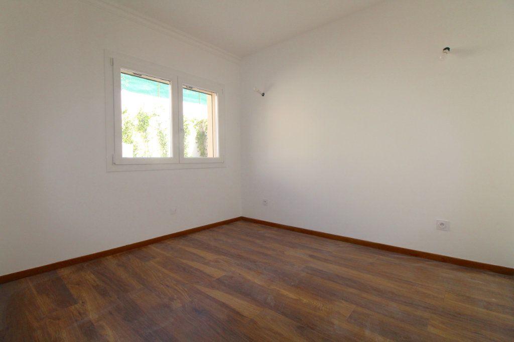 Appartement à vendre 4 85.01m2 à Cannes vignette-6