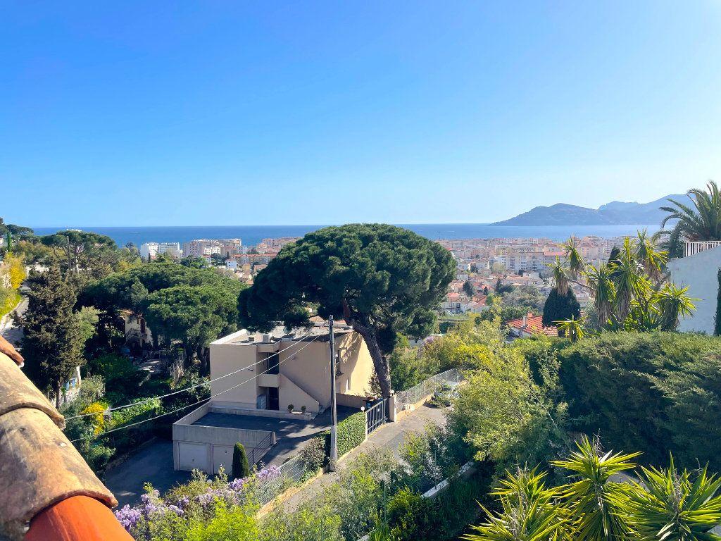 Appartement à vendre 2 33.59m2 à Cannes vignette-1