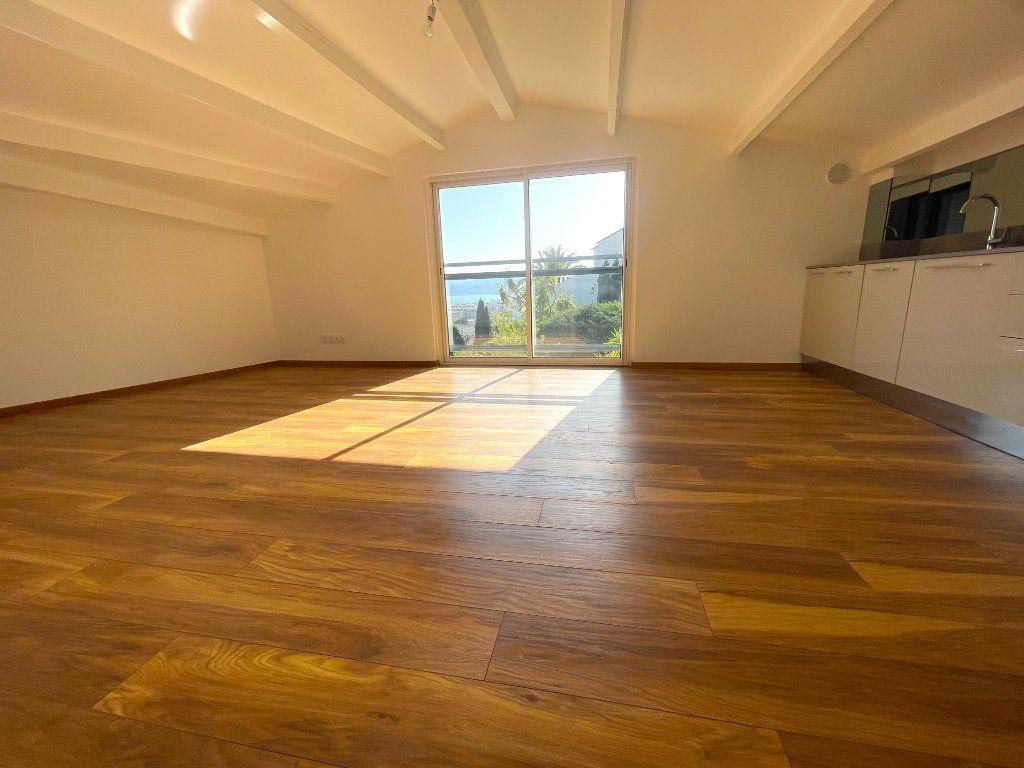 Appartement à vendre 2 33.59m2 à Cannes vignette-3