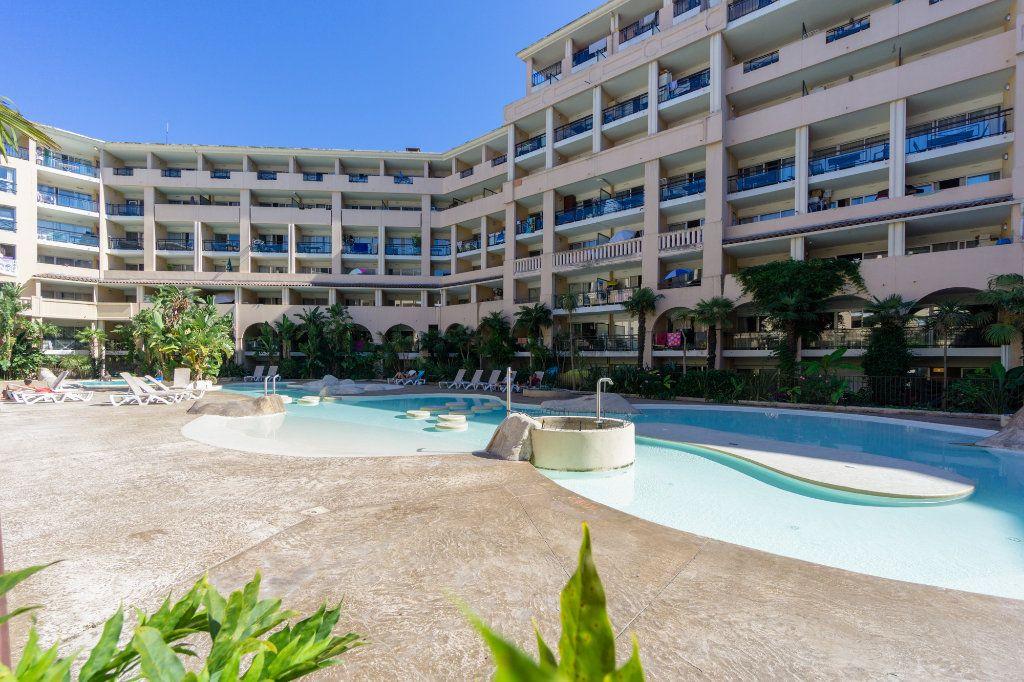 Appartement à vendre 2 28.04m2 à Cannes vignette-2