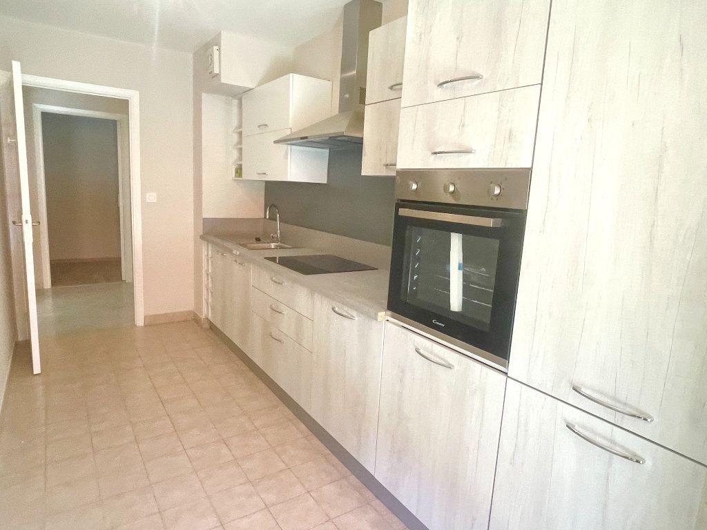 Appartement à vendre 3 67m2 à Mougins vignette-5