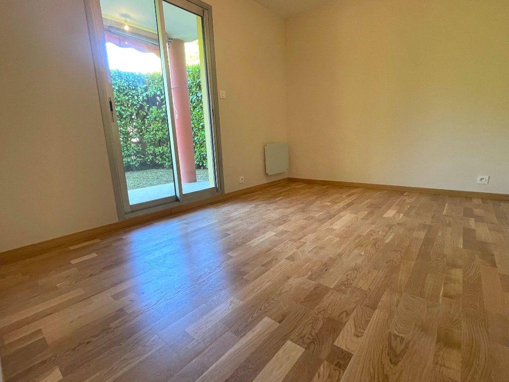 Appartement à vendre 3 67m2 à Mougins vignette-6