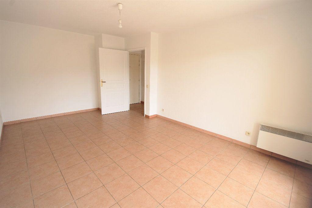Appartement à louer 2 42m2 à Cannes vignette-6