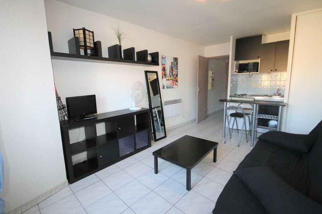 Appartement à louer 1 21.45m2 à Cannes vignette-2