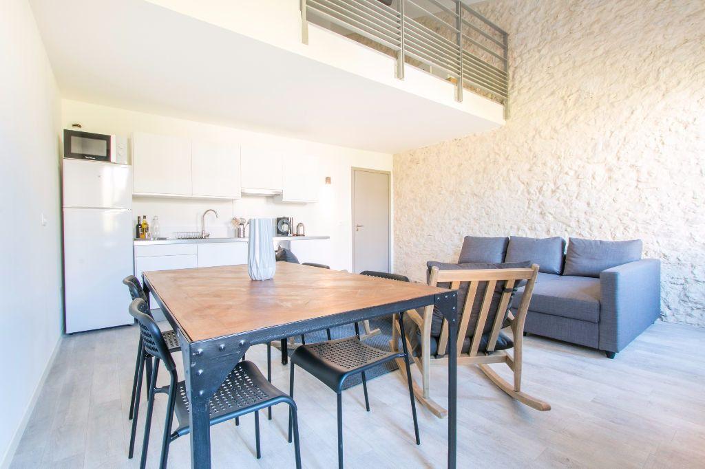 Appartement à louer 2 49.54m2 à Vallauris vignette-1