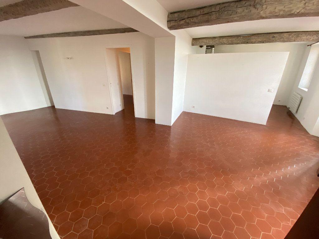 Appartement à louer 4 93.08m2 à Grasse vignette-1
