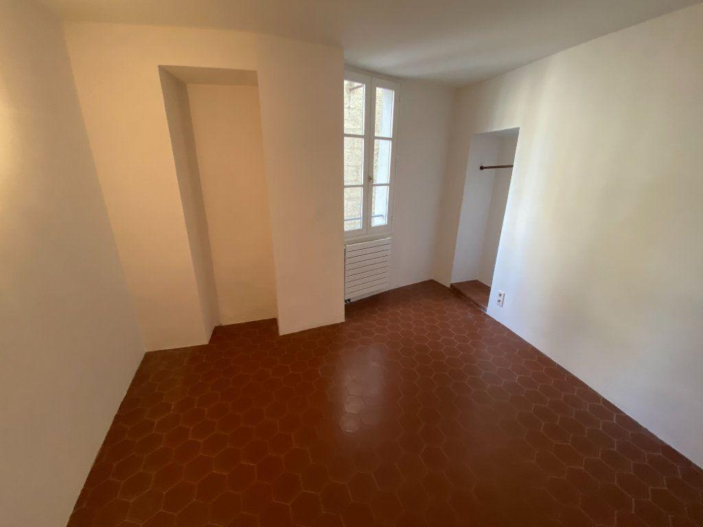 Appartement à louer 4 93.08m2 à Grasse vignette-4