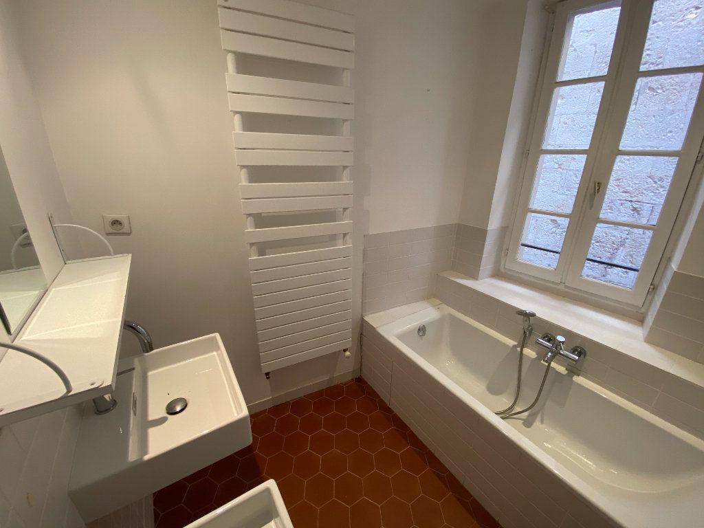 Appartement à louer 4 93.08m2 à Grasse vignette-7