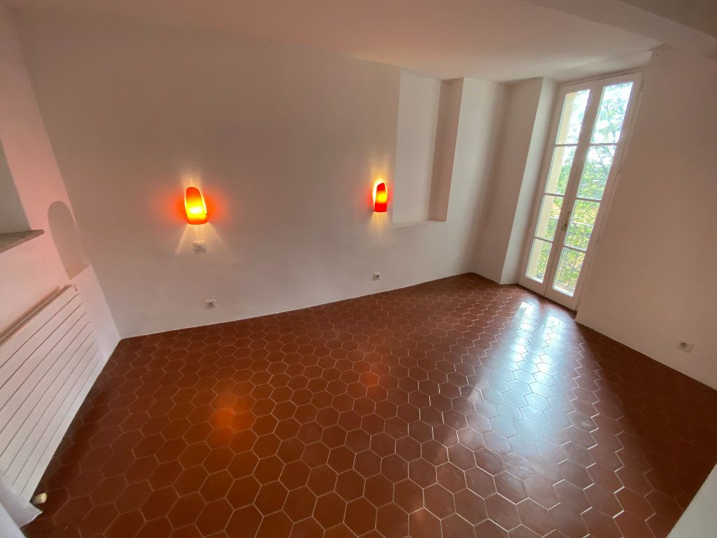 Appartement à louer 4 93.08m2 à Grasse vignette-17