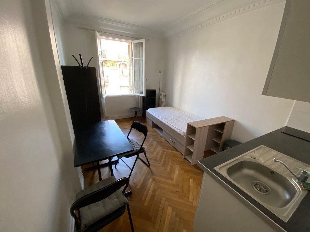 Appartement à louer 1 18.61m2 à Juan-les-Pins - Antibes vignette-5