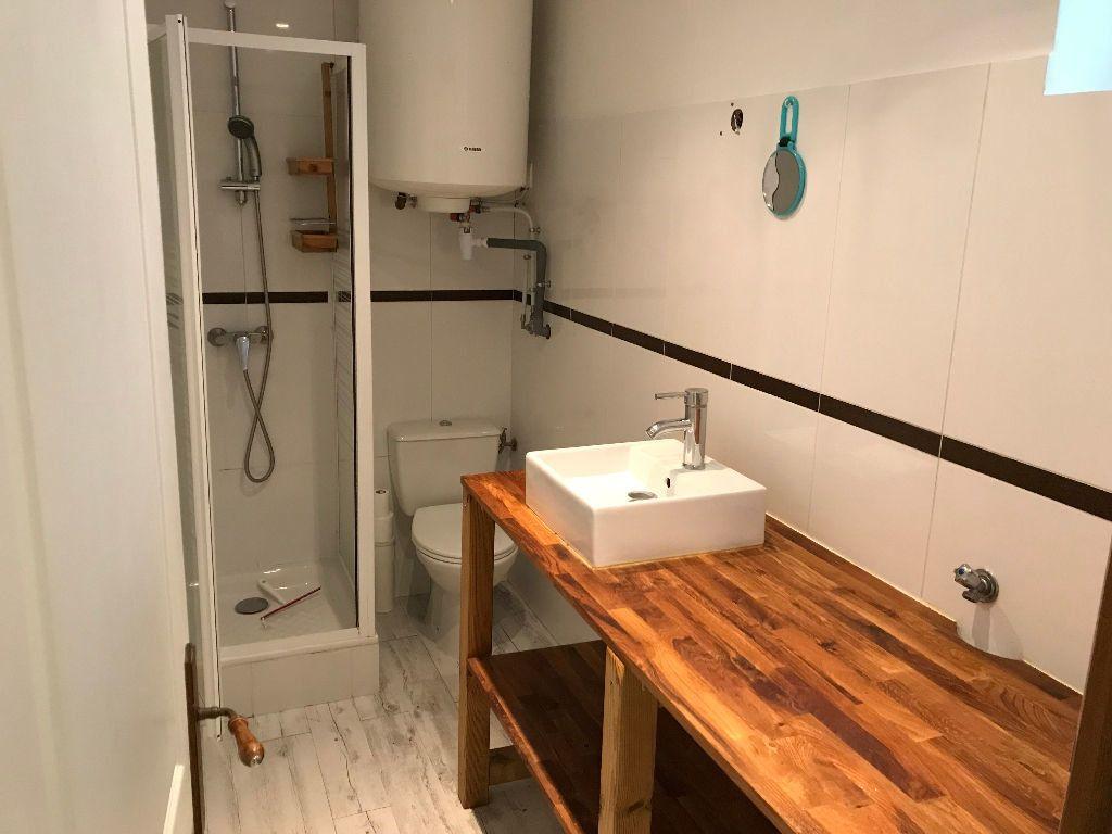 Appartement à louer 2 40m2 à Antibes vignette-3