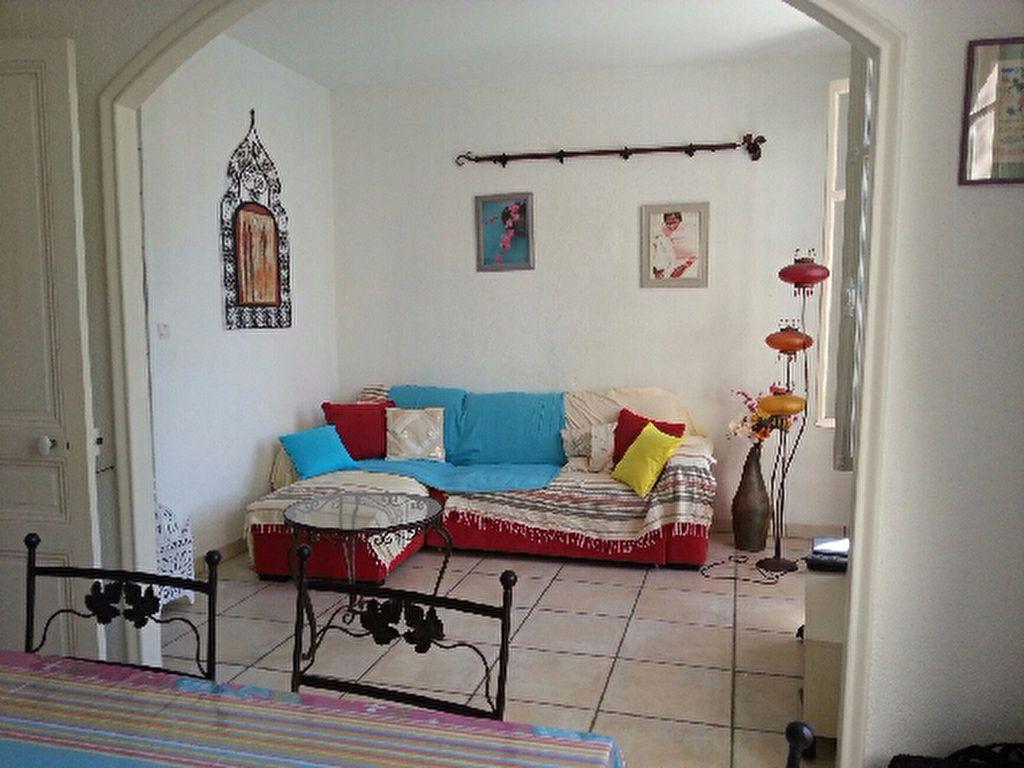 Maison à louer 4 90m2 à Antibes vignette-1
