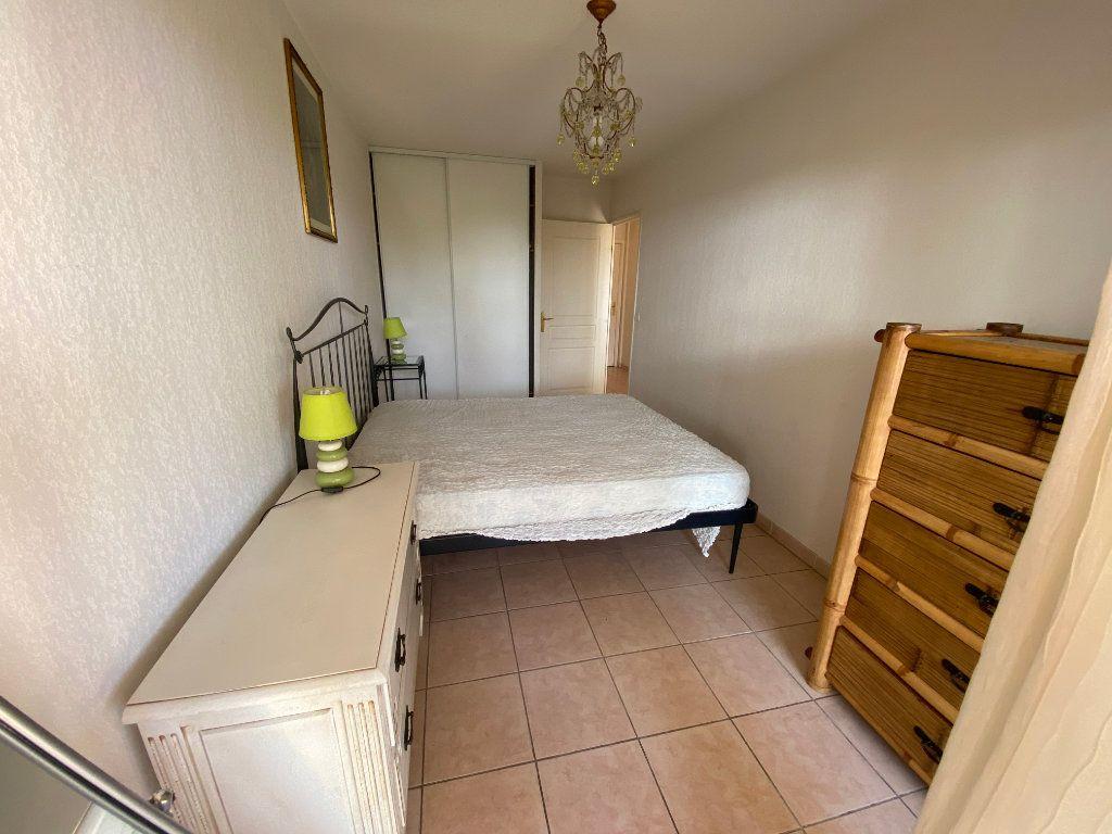 Appartement à louer 2 42.15m2 à Antibes vignette-6