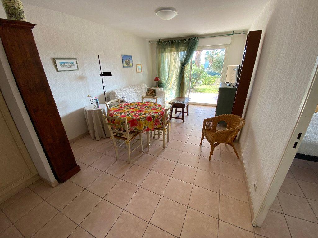 Appartement à louer 2 42.15m2 à Antibes vignette-9