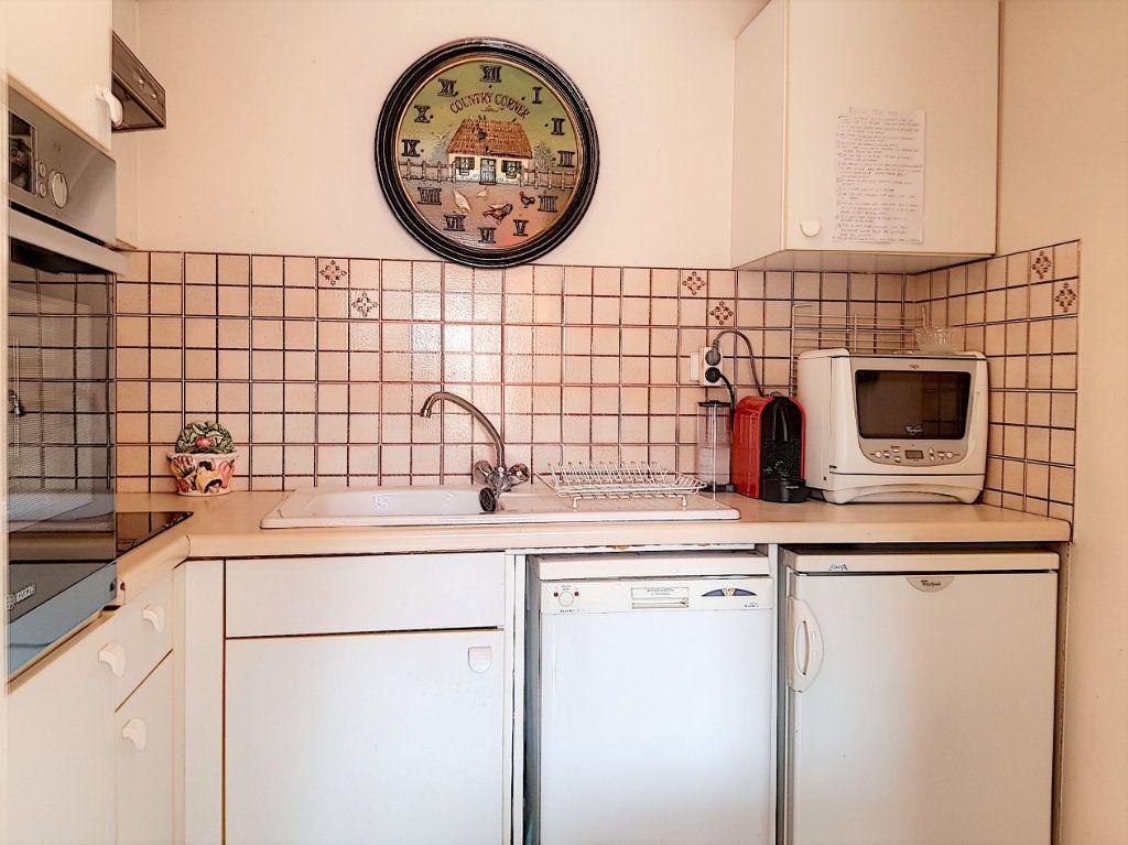 Appartement à vendre 3 51m2 à Juan-les-Pins - Antibes vignette-3