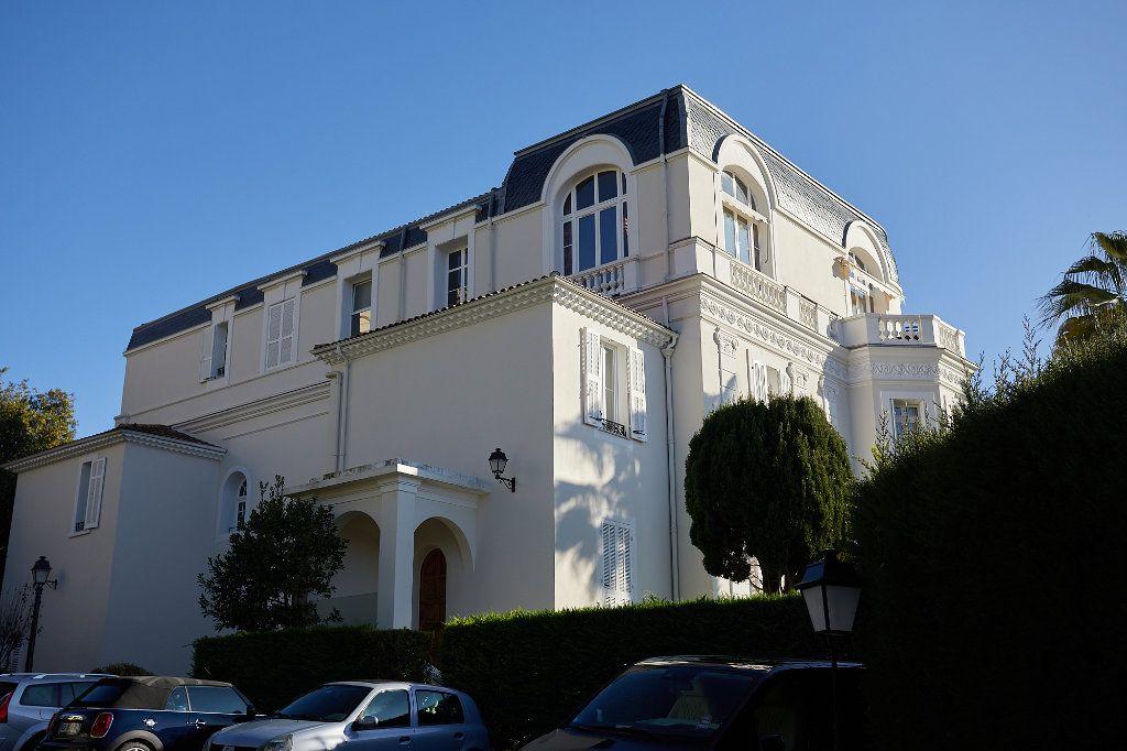 Appartement à vendre 3 94.77m2 à Cannes vignette-15