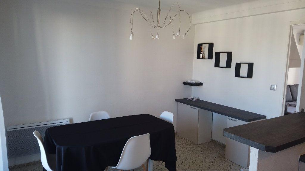 Appartement à louer 2 53.01m2 à Antibes vignette-2