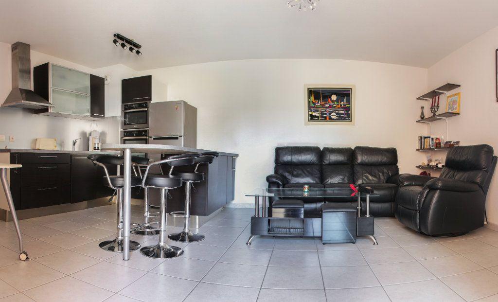 Appartement à vendre 2 45m2 à Juan-les-Pins - Antibes vignette-1