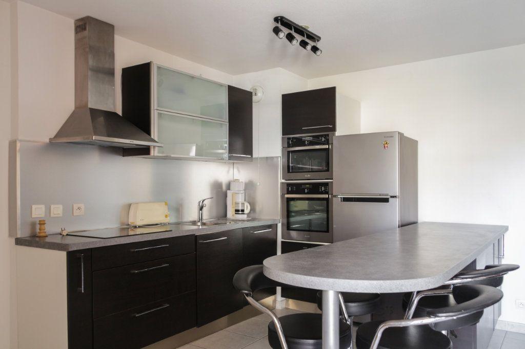 Appartement à vendre 2 45m2 à Juan-les-Pins - Antibes vignette-2