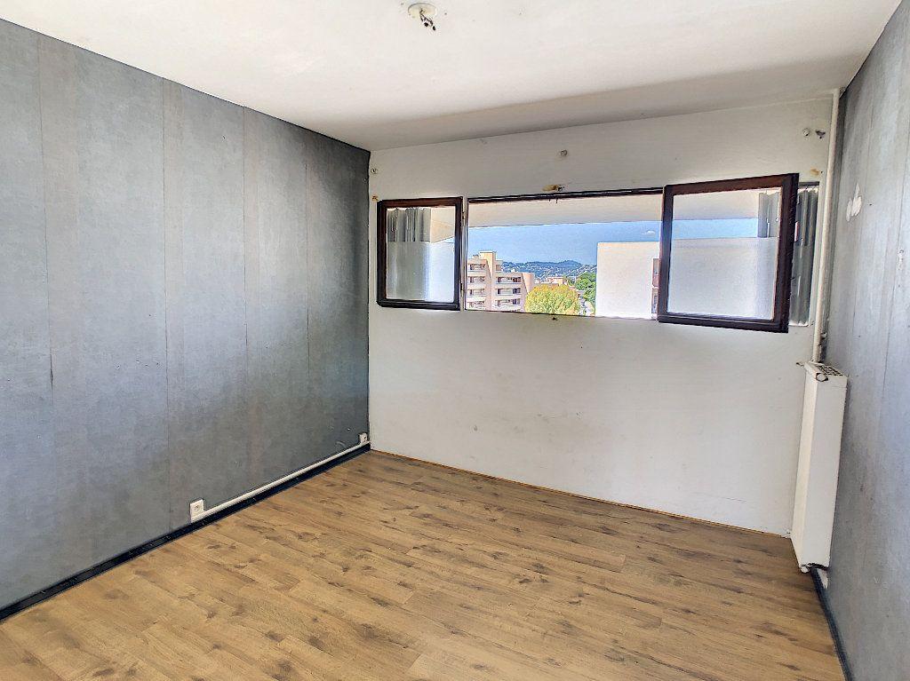 Appartement à vendre 3 57.97m2 à Antibes vignette-6