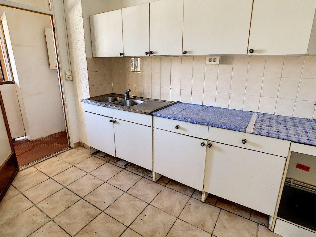 Appartement à vendre 3 57.97m2 à Antibes vignette-9