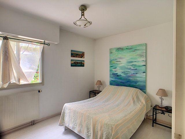 Appartement à vendre 3 68.32m2 à Antibes vignette-6