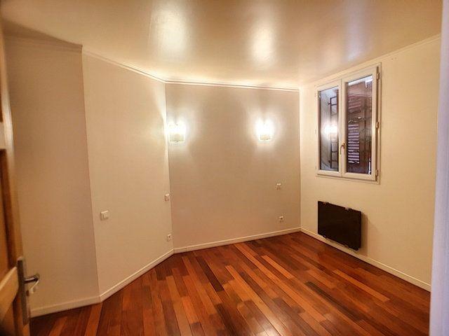 Appartement à vendre 3 54m2 à Antibes vignette-3