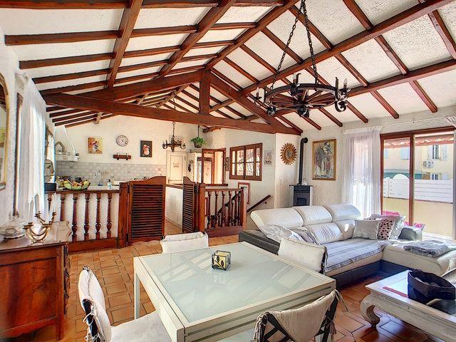 Maison à vendre 5 150m2 à Antibes vignette-6