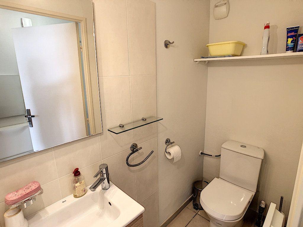 Appartement à vendre 2 41.5m2 à Juan-les-Pins - Antibes vignette-9