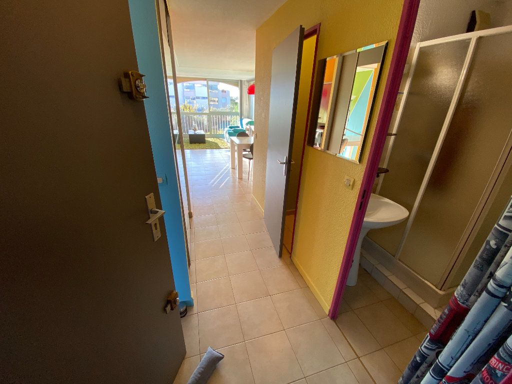 Appartement à louer 2 29.64m2 à Antibes vignette-6