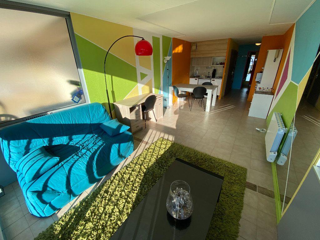 Appartement à louer 2 29.64m2 à Antibes vignette-12