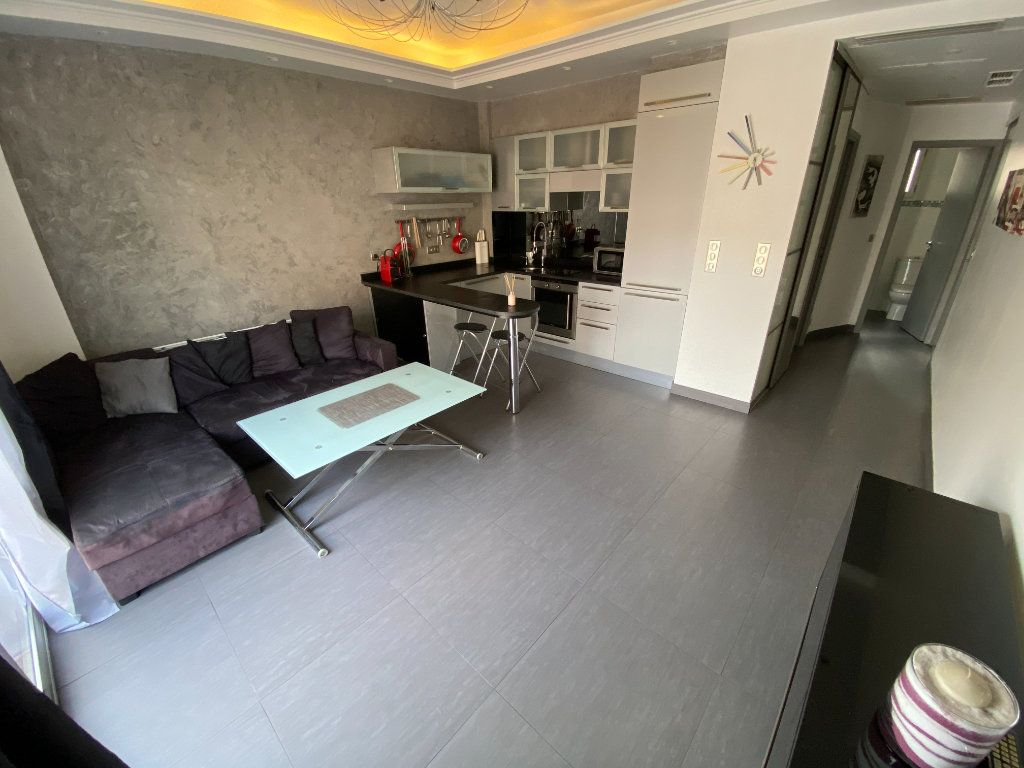 Appartement à louer 2 36.18m2 à Vallauris vignette-1