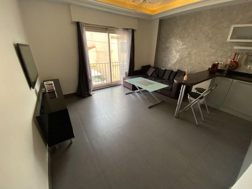 Appartement à louer 2 36.18m2 à Vallauris vignette-6