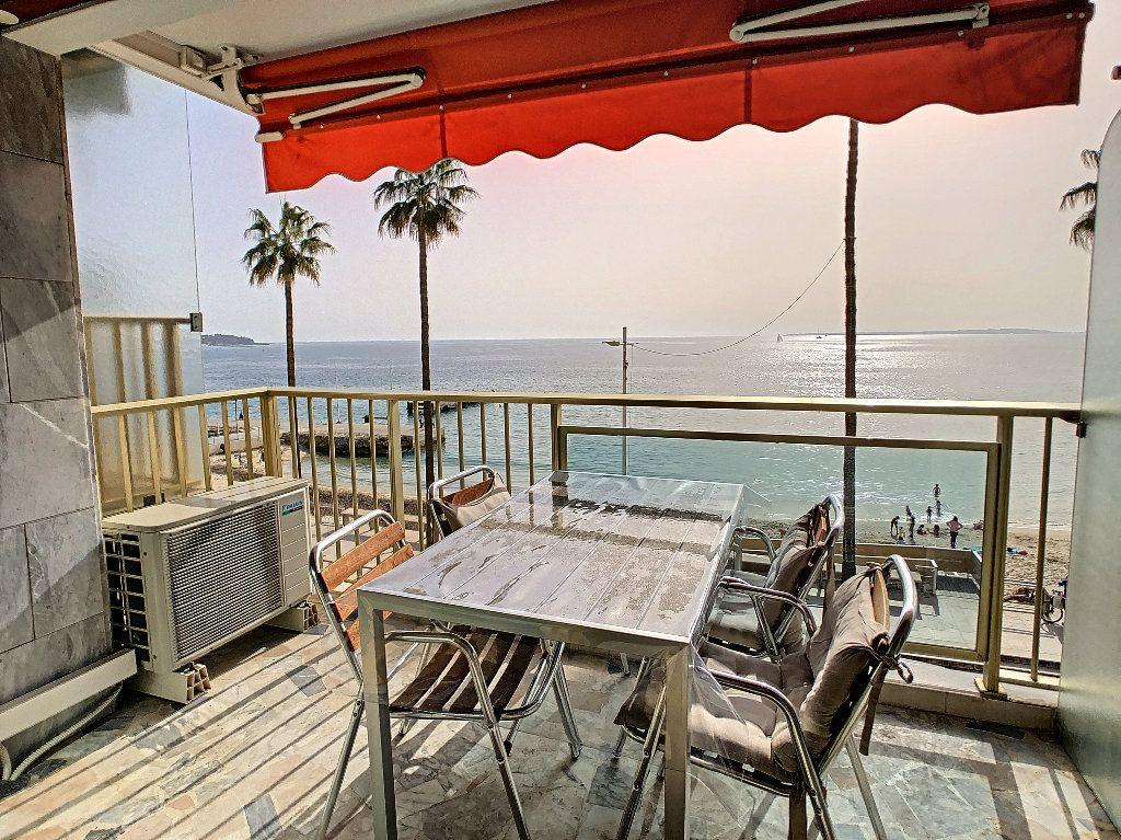 Appartement à vendre 3 67.34m2 à Juan-les-Pins - Antibes vignette-1