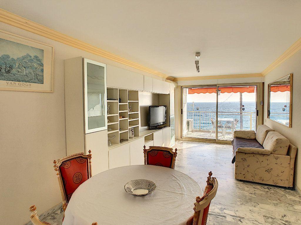 Appartement à vendre 3 67.34m2 à Juan-les-Pins - Antibes vignette-2