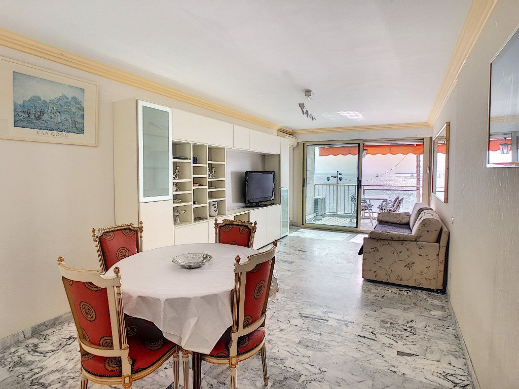 Appartement à vendre 3 67.34m2 à Juan-les-Pins - Antibes vignette-10