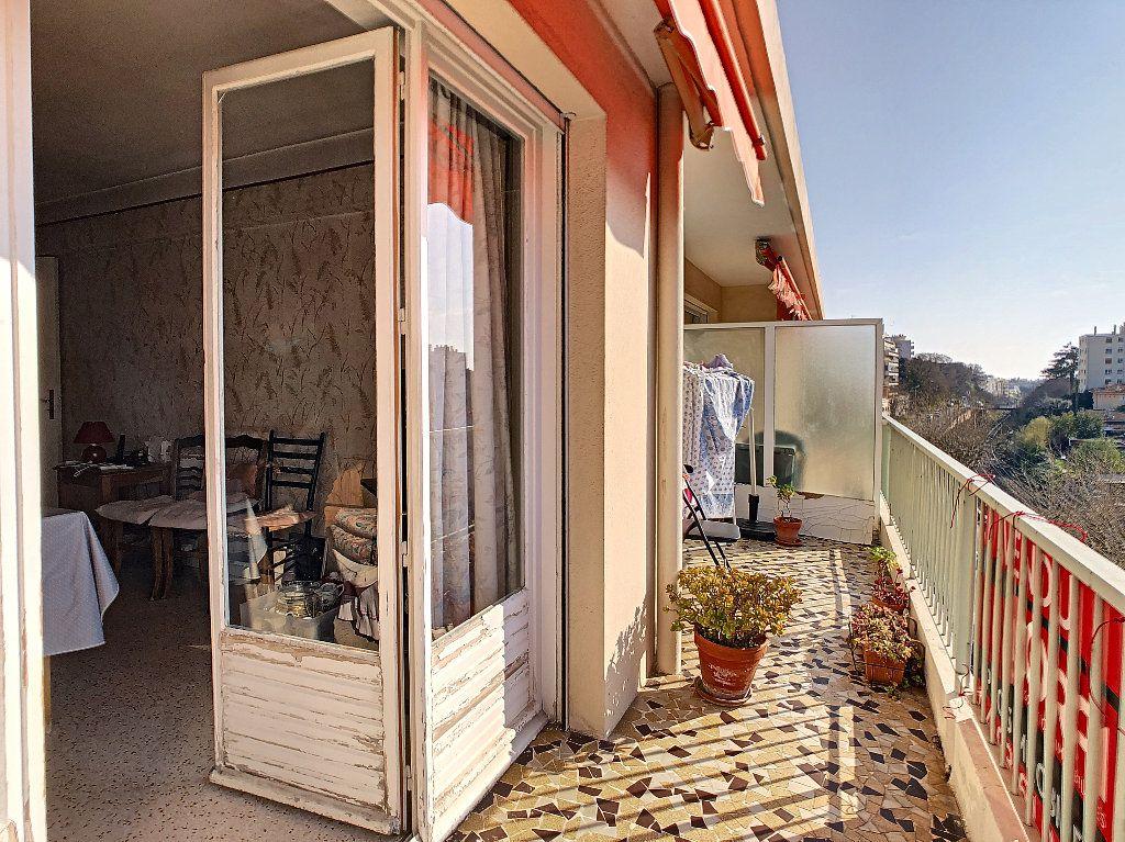 Appartement à vendre 3 61.09m2 à Antibes vignette-4