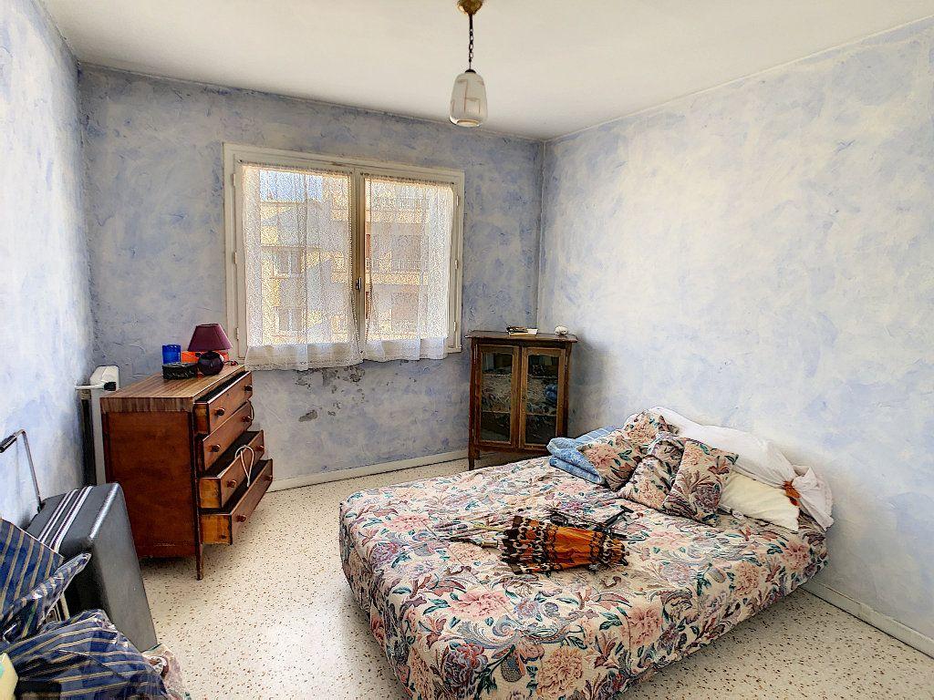 Appartement à vendre 3 61.09m2 à Antibes vignette-6