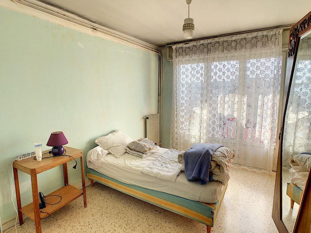 Appartement à vendre 3 61.09m2 à Antibes vignette-7
