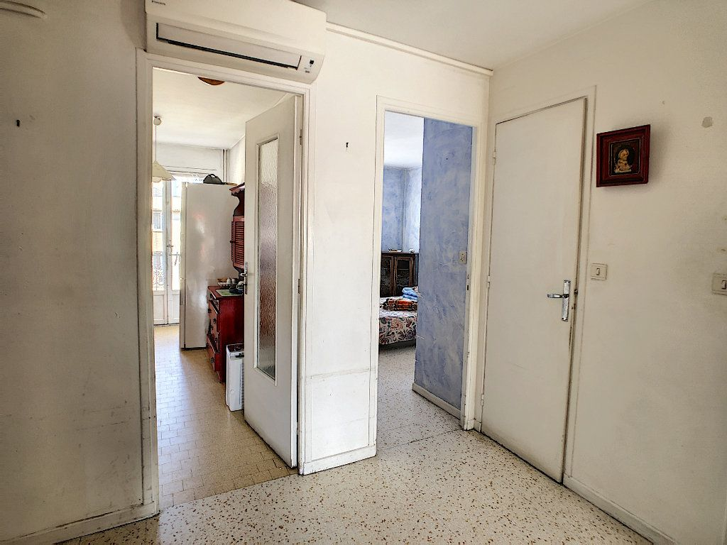 Appartement à vendre 3 61.09m2 à Antibes vignette-10