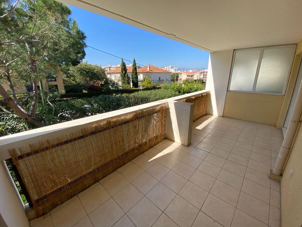Appartement à vendre 2 49.32m2 à Cannes vignette-1