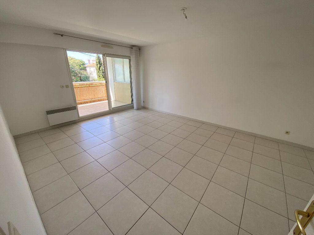 Appartement à vendre 2 49.32m2 à Cannes vignette-2