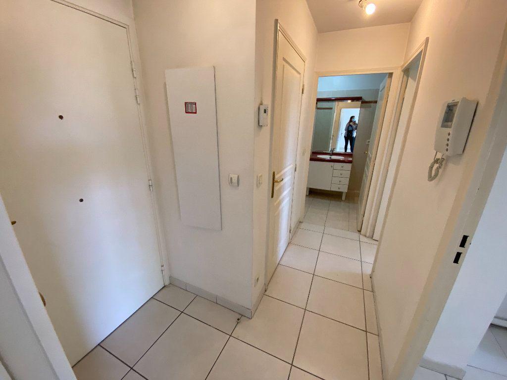 Appartement à vendre 2 49.32m2 à Cannes vignette-7