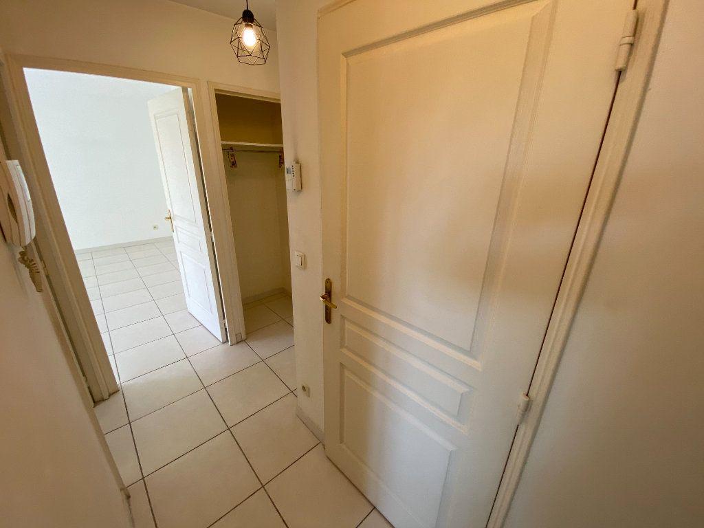 Appartement à vendre 2 49.32m2 à Cannes vignette-9