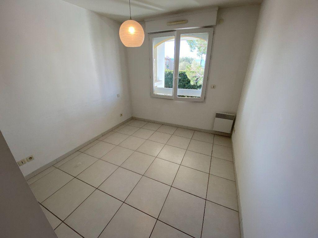 Appartement à vendre 2 49.32m2 à Cannes vignette-11